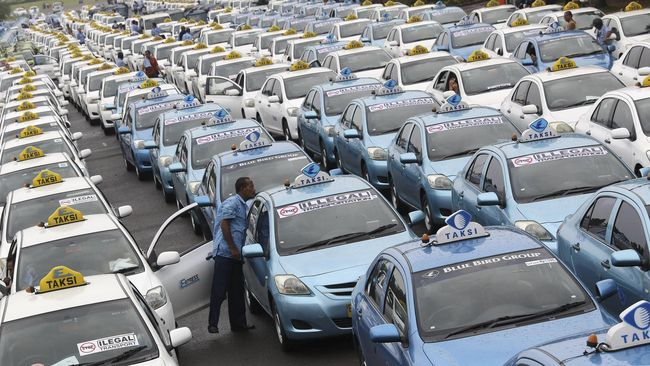 Global Taxi Price Index 2018 memuat nama 50 kota besar di dunia beserta kisaran tarif taksinya.