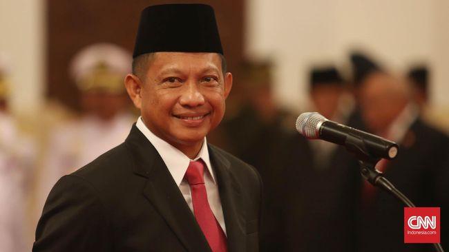 Sekjen Kemendagri Hadi Prabowo mengatakan Mendagri Tito Karnavian bakal bertolak ke Papua pada sore hari ini (24/10), usai menghadiri Sidang Kabinet Paripurna.