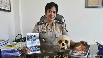 Saat Ahli Forensik Dr Hastry Temukan Bakso Di Lambung Korban Pembunuhan