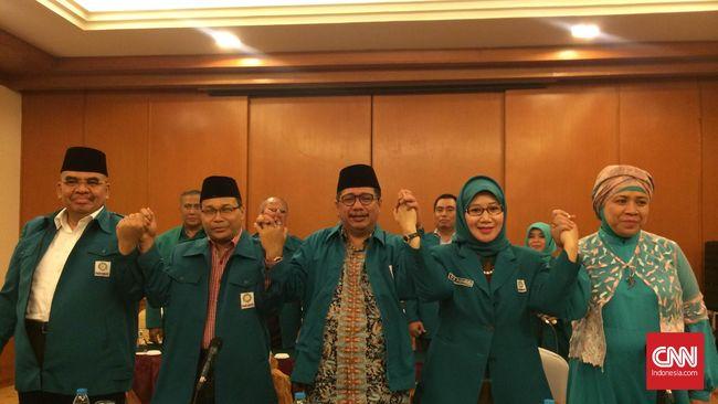 Uang sejumlah Rp200 juta tersebut digunakan untuk kepentingan umrah Persaudaraan Muslimin Indonesia (Parmusi).