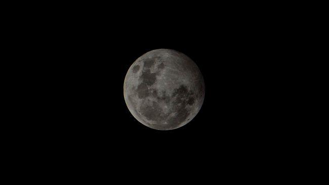 LAPAN menyatakan beberapa dampak Gerhana Bulan Penumbra ke bumi, salah satunya potensi banjir rob.