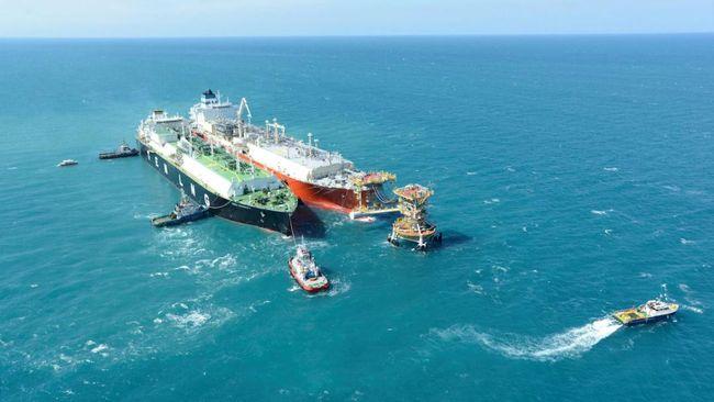 Investasi sebesar US$800 juta tersebut akan digunakan calon investor untuk menyediakan dua kapal FSRU dan satu kapal LNG Carrier.
