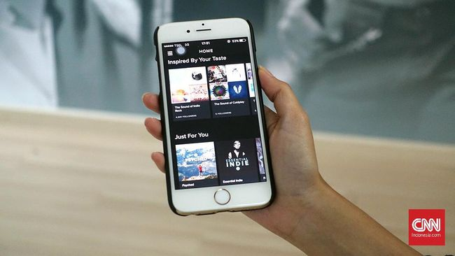 Kerja sama dengan Musixmatch, Sportify tengah menguji coba fitur lirik lebih dari 50 bahasa di sejumlah negara termasuk di Indonesia.