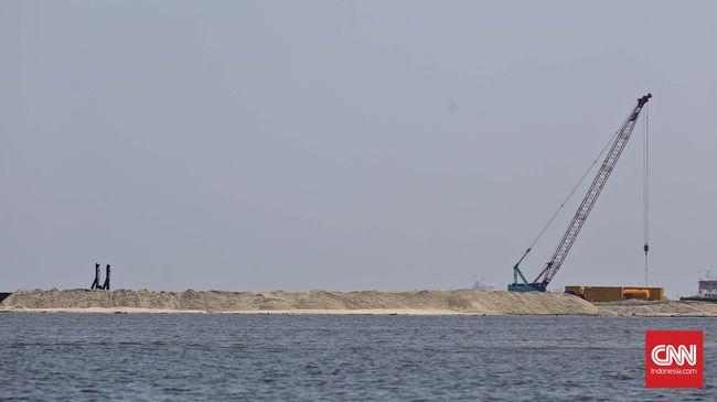 Izin untuk tiga pulau hasil reklamasi, Pulau K, Pulau F dan Pulau I dibatalkan PTUN. Izin diberikan Ahok pada tiga pengembang berbeda.
