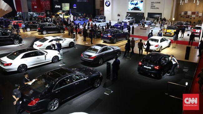 Asosiasi leasing menjelaskan leasing masih bisa menarik kendaraan kredit macet tanpa pengadilan nasabah wanprestasi atau cedera janji.