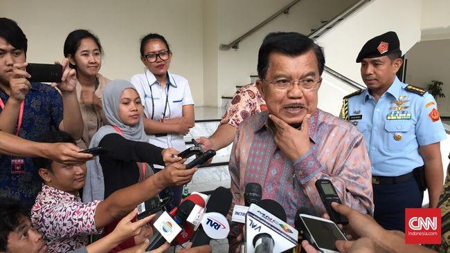 Wakil Presiden Jusuf Kalla membantah adanya kebangkitan paham komunisme di Indonesia. Paham-paham kiri dan radikal muncul karena ada ketimpangan sosial.