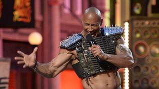 Putri Dwayne Johnson 'The Rock' Ingin Jadi Pegulat WWE