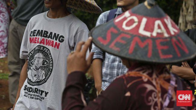 Putusan PK memastikan petani Rembang menang atas PT Semen Indonesia Tbk dan Gubernur Jateng soal penambangan karst dan pendirian pabrik.