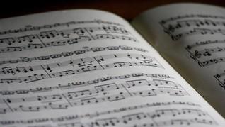 Benarkah Islam Melarang Mendengarkan Musik?