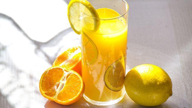 Vitamin C punya peran penting untuk pembentukan sistem kekebalan tubuh. Berapa banyak vitamin C harian yang dibutuhkan tubuh?