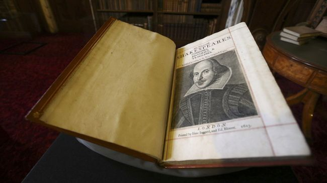 Shakespeare disebut sebagai penulis yang menjelajahi setiap bentuk emosi dari manusia, kebaikan, kejahatan, dan ketamakan.