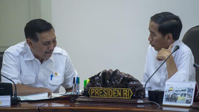 Jokowi memerintahkan Luhut menurunkan kasus corona dalam dua pekan. Tercatat tambahan kasus harian Covid-19 dalam sepekan menembus 4.000 kasus.