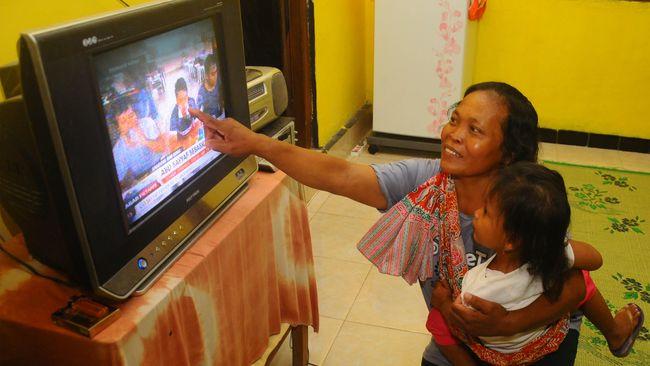 Presiden Joko Widodo menandatangani RUU Ciptaker, Senin (1/11). Artinya penerapan TV digital di Indonesia akan terwujud pada November 2022.