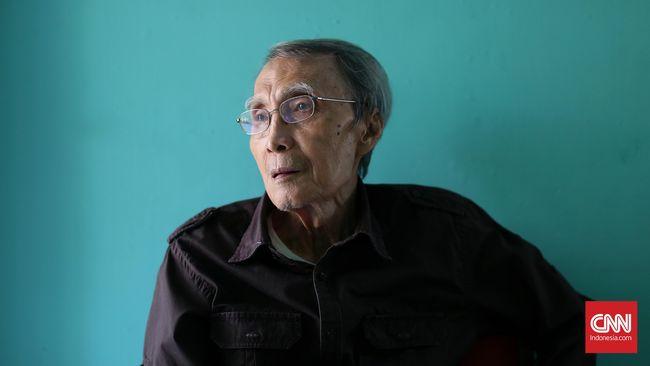Sastrawan Sapardi Djoko Damono dirawat di sebuah rumah sakit di Jakarta Selatan. Pada Kamis (14/11), ia sempat membutuhkan donor darah.