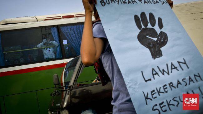 Dari 152 pasal dalam RUU Penghapusan Kekerasan Seksual, Komnas Perempuan menyatakan sebanyak 100 pasal dipangkas pemerintah, termasuk pada elemen-elemen kunci.