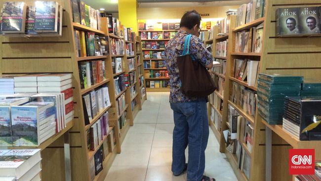 Toko buku Gramedia di Mal Taman Anggrek tutup mulai 24 Oktober 2020 setelah sekitar 15 tahun beroperasi.