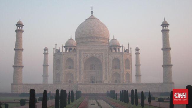 Kisah di balik Taj Mahal membuatnya menjadi salah satu bangunan masyhur di India.