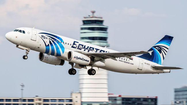 Rekaman audio pembicaraan sang pilot dengan pengawas lalu lintas udara di Swiss dan Italia terungkap, tak menunjukkan tanda bahaya di dalam pesawat.