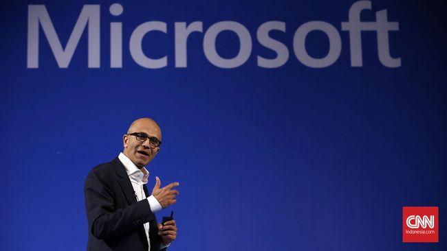 Pengusaha lokal teriak kapitalis menanggapi rencana Jokowi untuk memudahkan investasi Microsoft bangun data center di Indonesia.