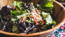 Resep Saus Salad Sayur untuk Diet Tanpa Mayonaise