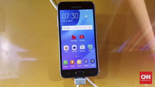 Mencoba Galaxy J3 2016 Ponsel Penghemat Kuota Internet