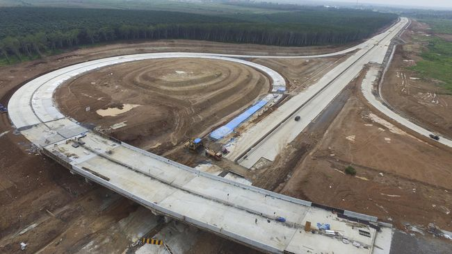 Presiden Jokowi akan meresmikan Jalan Tol Pekanbaru-Dumai secara virtual dari Istana Negara pada Jumat (25/9).