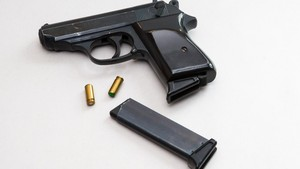 Saran Ahli Soal Keamanan Syuting Film dengan Pistol Properti