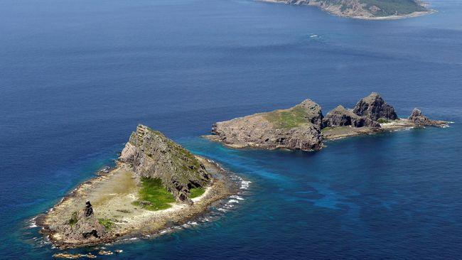 Jepang memprotes China karena kapal perangnya mendekati pulau yang disengketakan bersama, Kamis (11/1).