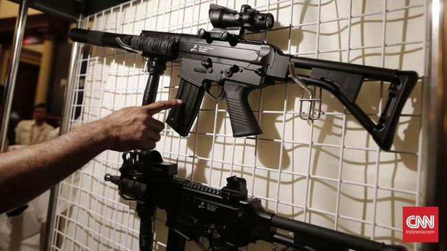 Sebanyak 25 ribu pucuk senapan serbu SS2-V5 A1 buatan PT Pindad sudah disiapkan untuk pelatihan Komponen Cadangan militer.