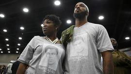Memotret Pelaksanaan Kewajiban Menyalati Jenazah Muhammad Ali