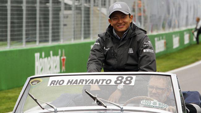 Mantan pebalap Formula One (F1) Rio Haryanto sepertinya masih dipenuhi adrenalin untuk berpacu menjadi yang terbaik meski tak lagi membalap di sirkuit F1.