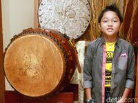 Kiesha Alvaro Duet Bareng Pasha 'ungu' Lewat 'hula-hula'