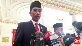 Di Hadapan Kerabat TNI, Jokowi Tegaskan Tak Minta Maaf ke PKI