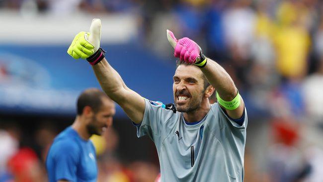 Kapten Italia, Gianluigi Buffon, bangga dengan predikat tim non-unggulan yang dimiliki Gli Azzurri jelang lawan Jerman pada perempat final Piala Eropa 2016.