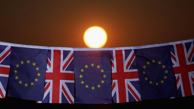 Hasil akhir apakah Inggris Raya tetap akan berada dalam kelompok Uni Eropa atau tidak, kemungkinan diketahui Jumat (24/6) pagi waktu London.