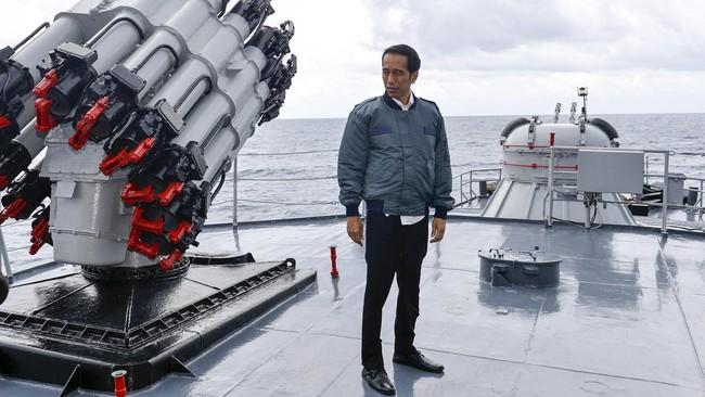 Jokowi Siapkan Rp12,2 Triliun untuk Bentengi Perairan Natuna