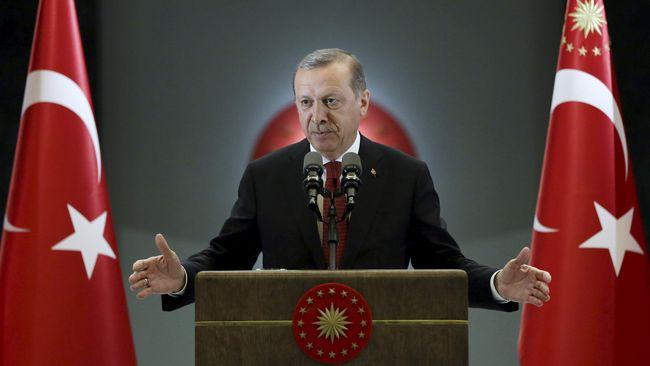 Presiden Recep Tayyip Erdogan dianggap sedang berada 'di atas angin' karena memegang semua kartu politik antara AS dan Saudi berkat kasus Jamal Khashoggi.
