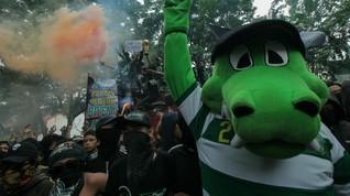 Pemprov DKI Persilakan Bonek Berunjuk Rasa di Jakarta