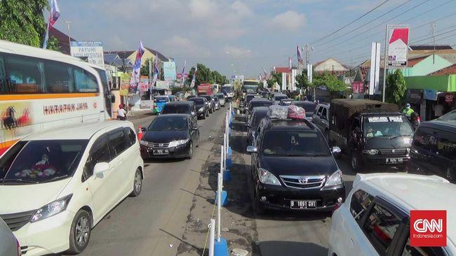 Wali Kota Tegal mengatakan dengan penerapan lockdown tersebut, seluruh perbatasan rencananya akan ditutup mulai 30 Maret 2020.