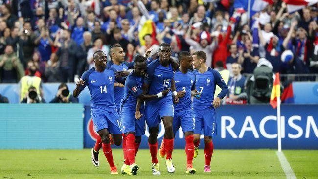 Banyaknya pemain berkualitas di Perancis dapat meningkatkan kualitas tim sekaligus menyulitkan Didier Deschamps dalam menentukan pemain utama.