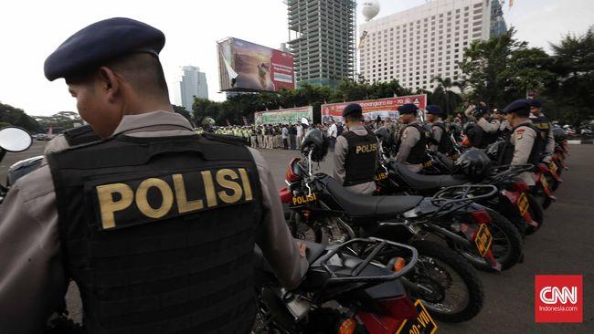 Kabid Humas Polda Metro Jaya mengatakan akan disiapkan 17 pos check point di wilayah hukum kepolisian daerah itu untuk mencegah takbir keliling.