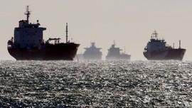 Penjaga Pantai Saudi Bantu Tanker Iran Mogok di Laut Merah