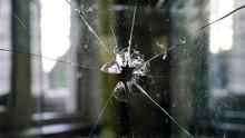 Polisi Selidiki Peluru Nyasar ke Gedung di TB Simatupang