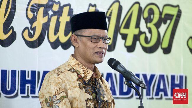 Ketua Umum PP Muhammadiyah Haedar Nashir masih ada warga yang 'berkebodohan' karena abai pada protokol kesehatan yang ironisnya menggunakan alasan agama.