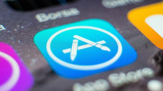 Pendapatan toko aplikasi milik Apple dua kali lebih besar dari Google pada 2020.