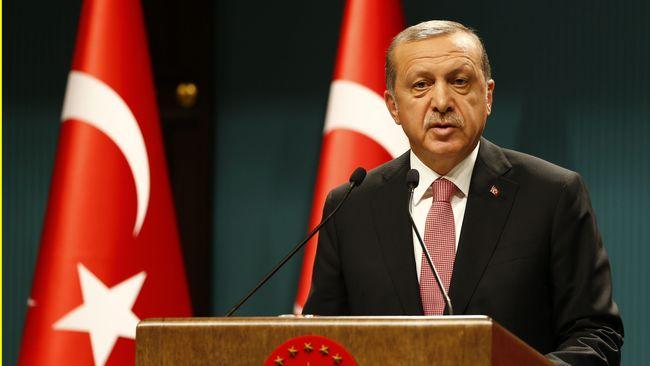 Presiden Tayyip Erdogan mempertanyakan hubungan Turki dengan Amerika Serikat, dan menilai bahwa rencana kudeta ditulis di luar negeri.