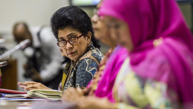 Instruksi Menkes agar Dinkes DKI memberi teguran tertulis pada RS Mitra Keluarga usai investigasi dinilai belum fokus pada dugaan pelanggaran UU Kesehatan.