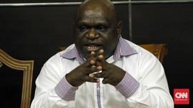 Diserang Rasisme, Pigai Ingatkan Potensi Konflik Ras di Papua