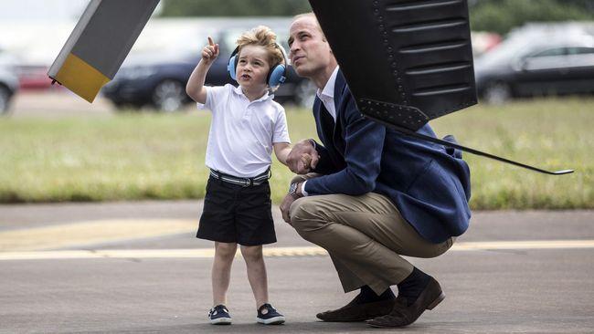 Pakar perkembangan anak menilai, para orang tua muda dapat mencontoh cara yang dilakukan Pangeran William kepada Pangeran George dalam berkomunikasi.
