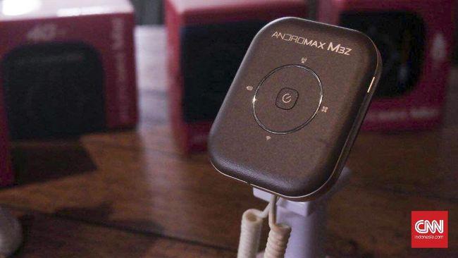 Smartfren berencana untuk terus menggenjot penjualan Mifi setelah memberhentikan produksi dan penjualan ponsel seri Andromax.
